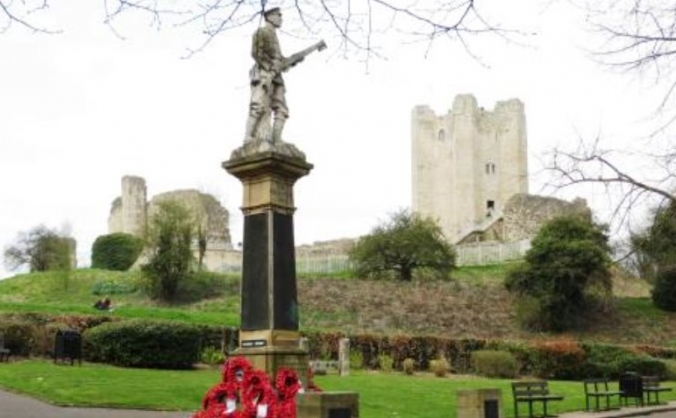 Poppy's at the Castle