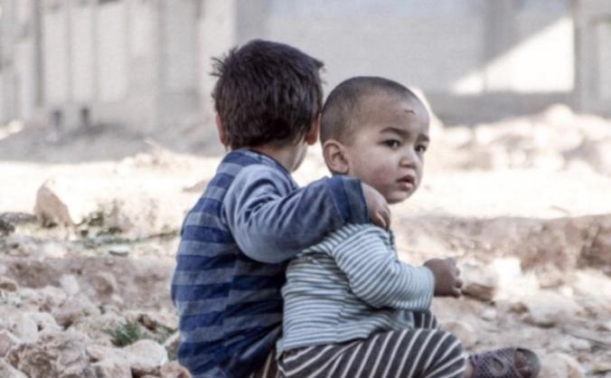 Help the forgotten children of war torn syria