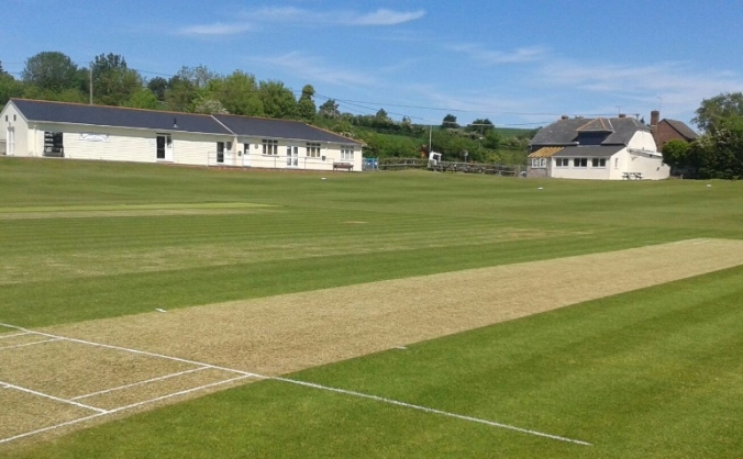 Bere Regis Cricket Club - Roll on covers appeal
