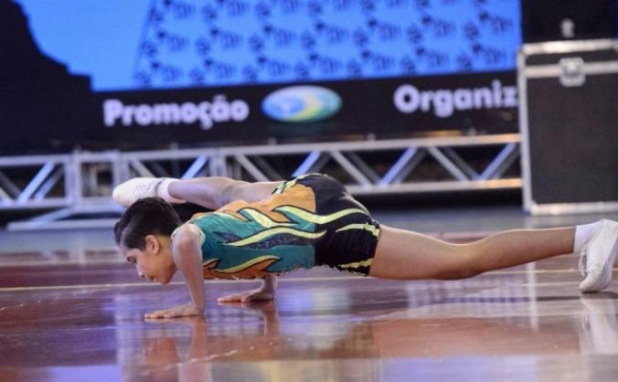 Lucas Nilvar- support a gold medallist gymnast