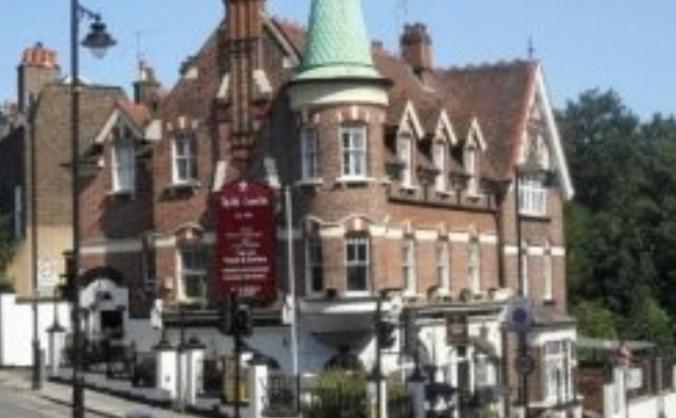 Old Crown Pub
