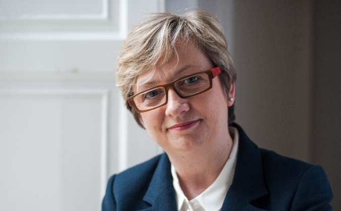 Re-elect Joanna Cherry QC
