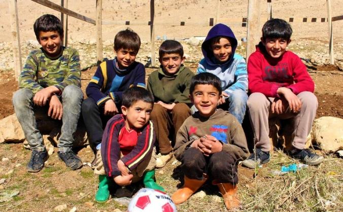 Footballs for Yezidi children in Iraq