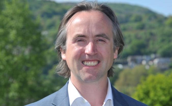 Daniel Williams for Neath /dros Gastell-nedd