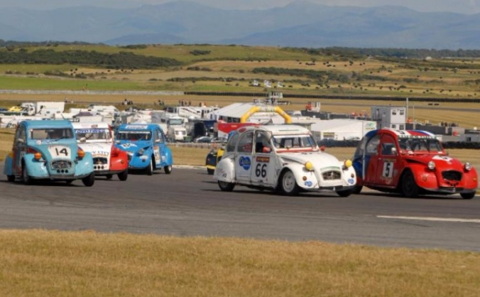 Quest to the 24h of Anglesey 2015