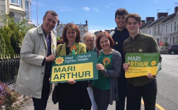 Mari Arthur:  The Voice You Need For Llanelli