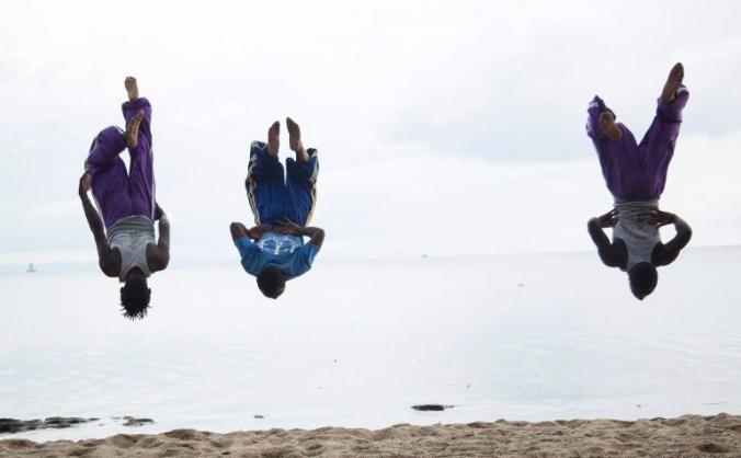 Acrobats in Rwanda - A Documentary