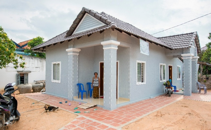 Build homes for Cambodians living in poverty!