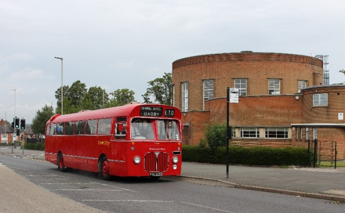 Midland Red Bus BMMO S22 5905