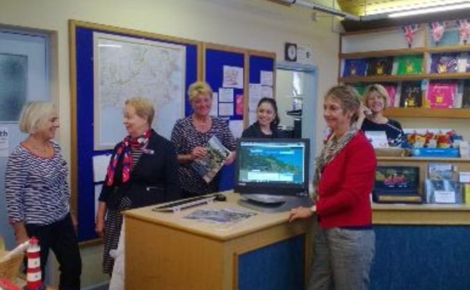 Please help Dartmouth's Tourist Information Centre