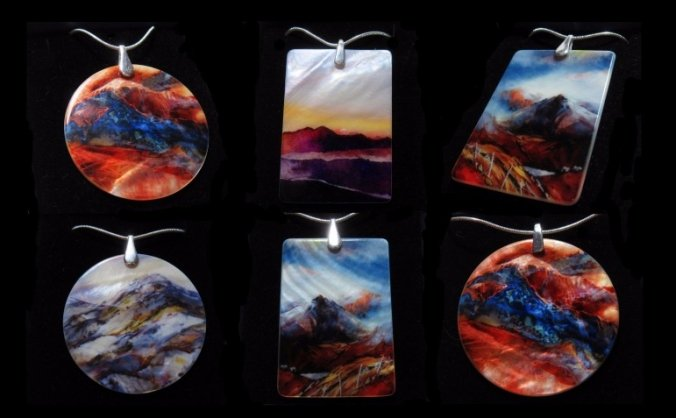 Art Jewellery : wearable paintings