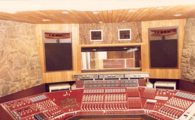 Strawberry Studios rebuild the control room
