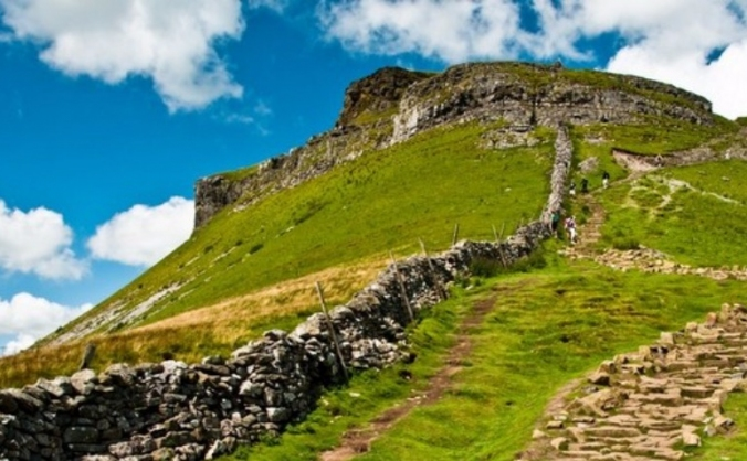 3 Peaks to Raise Money For Syrian Families