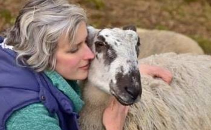 Fundraising for a beautiful soul and her animals