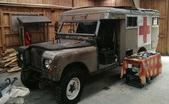 Land Rover Series 2a Ambulance