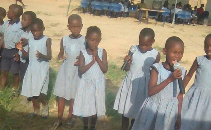 Community school accomodation for pupils in Uganda