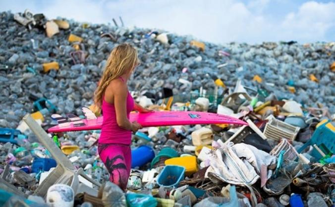 Free Plastic Communities