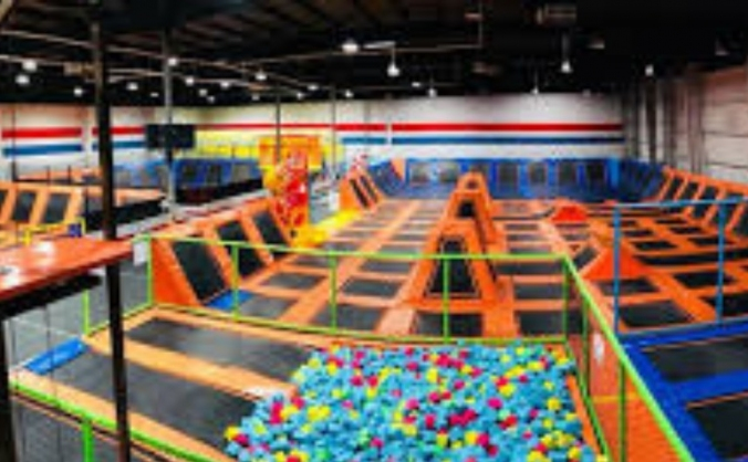Touch the Roof trampoline park