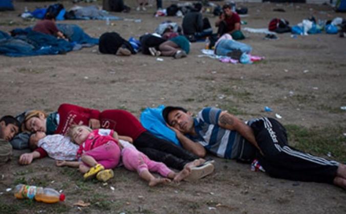 Nursing the Refugees of the Calais Jungle Camp