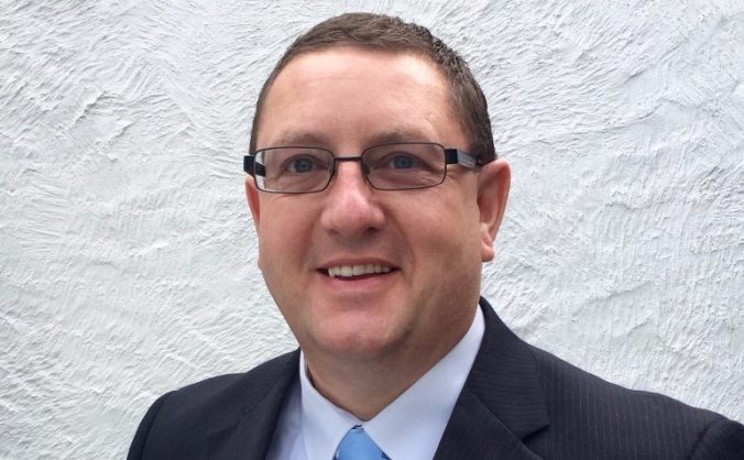 Elect David Edwards to serve for Clwyd West