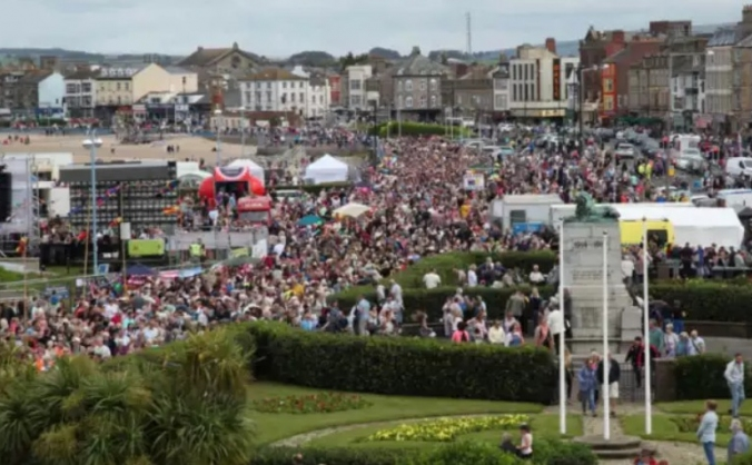 Morecambe Carnival - For the Community