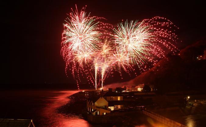 Lynmouth Beachside Bonfire Bonanza 2018