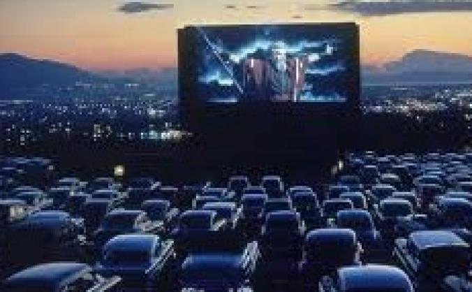 Sunset Drive-In Movie Theatre & Diner