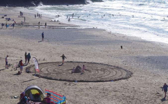Beach labyrinth tour