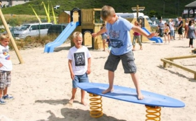 Re-open Porthtowan playground