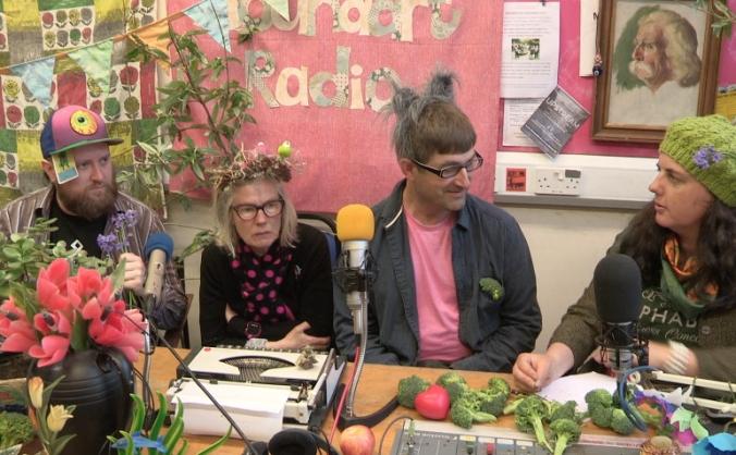 Soundart Radio - renew and restore