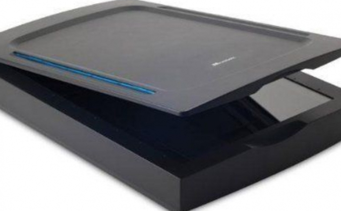Help us buy a Mustek A3 2400S Flatbed Scanner