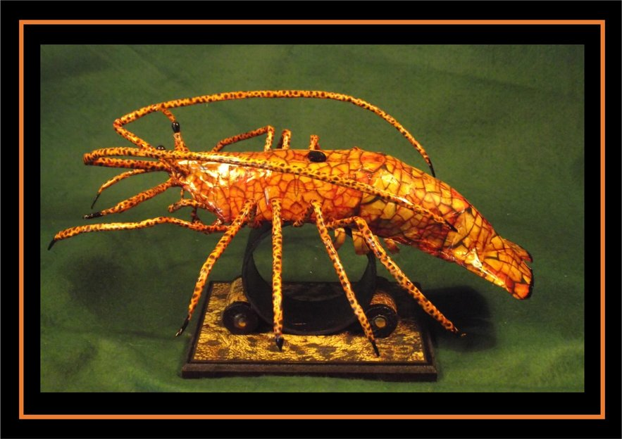 Lobster Sculpture by Kuriologist