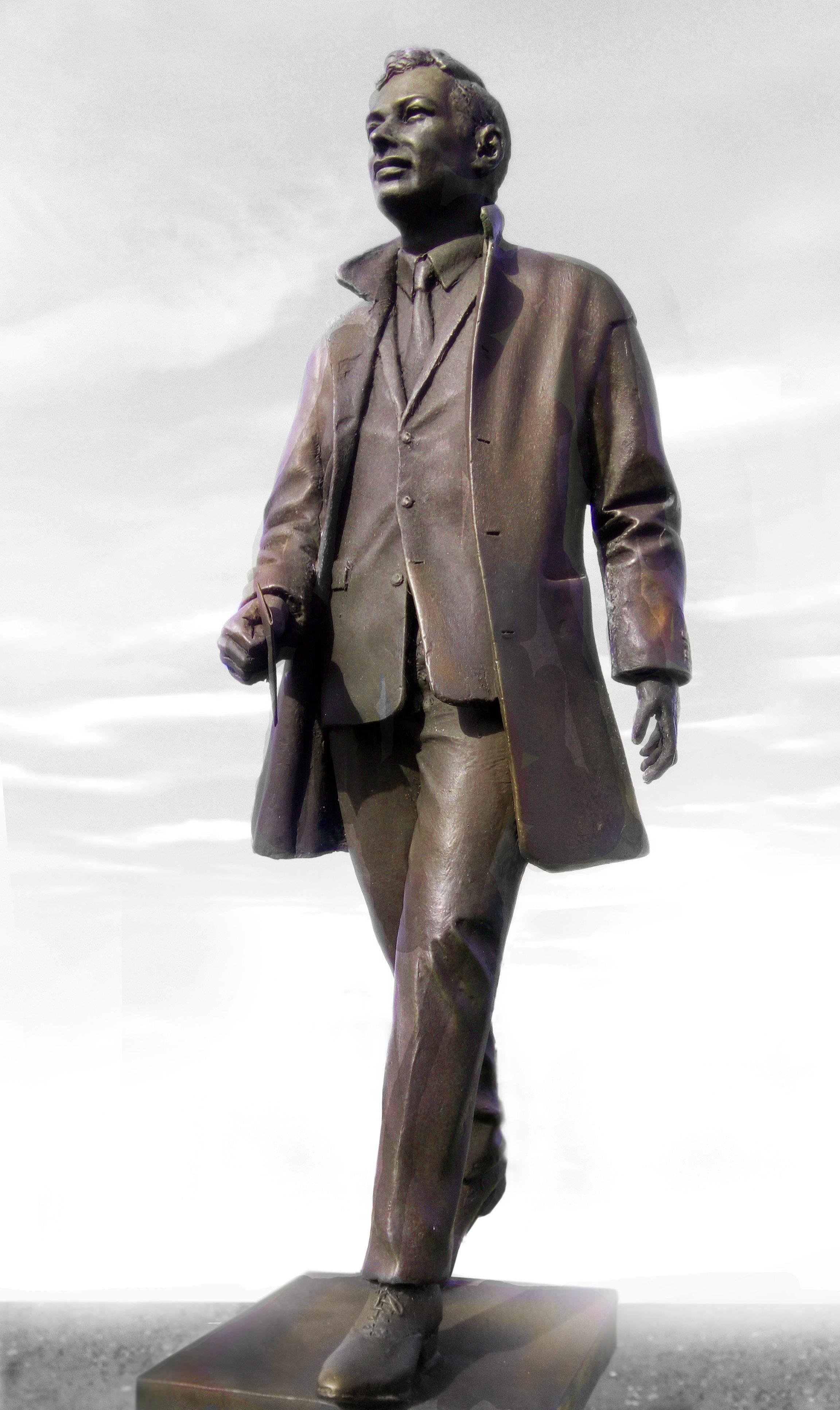 The Beatles Polska: Ruszył projekt wspierający budowę posągu Briana Epsteina