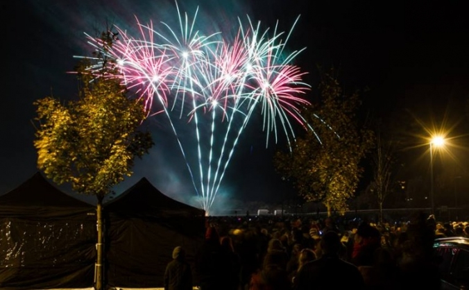 Stanley fireworks at oakies park image