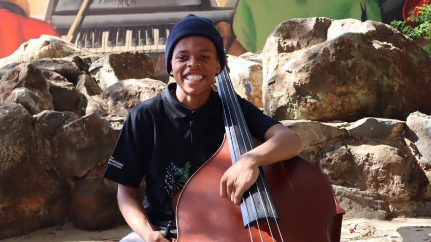 Support Njabulo's dream to study double bass!