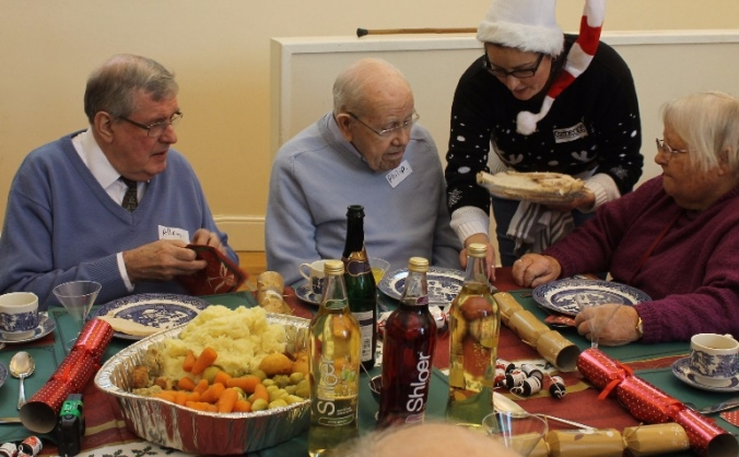 Crackers & co christmas dinner image