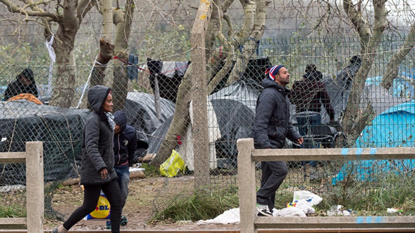 Helping the homeless migrants at Calais