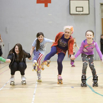 Siobhan and children at Kelvinhall Roller Disco