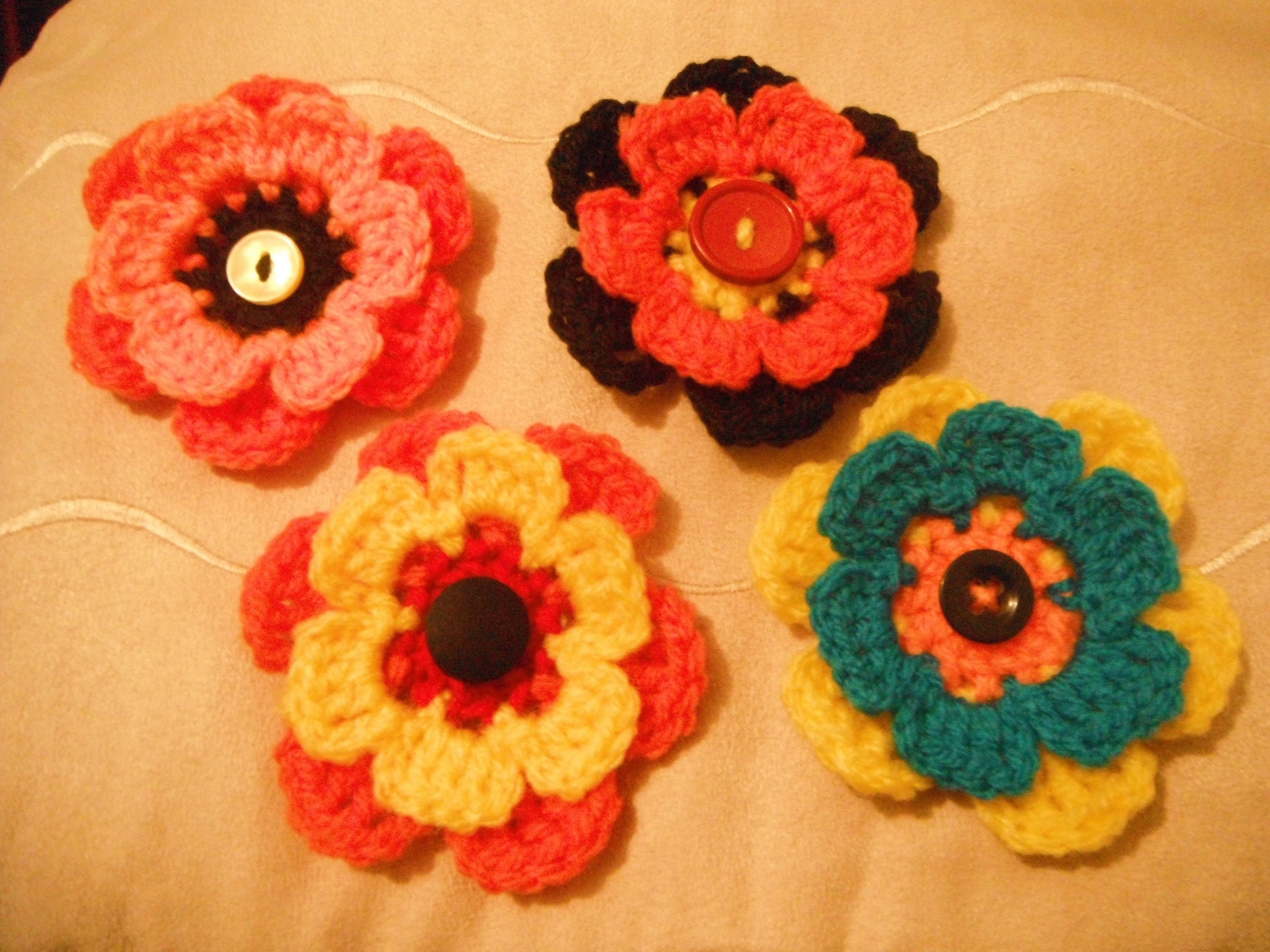 Crochet Flower Broaches