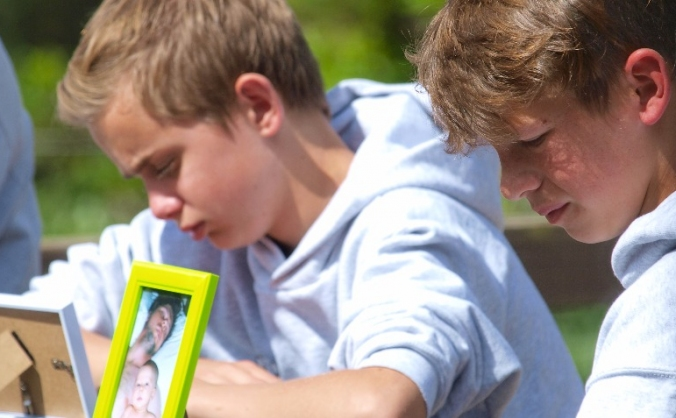 Diaries of norfolk's bereaved children image