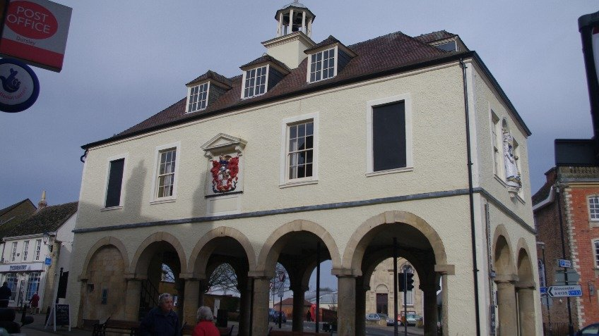 Give Dursley Town Hall a Lift