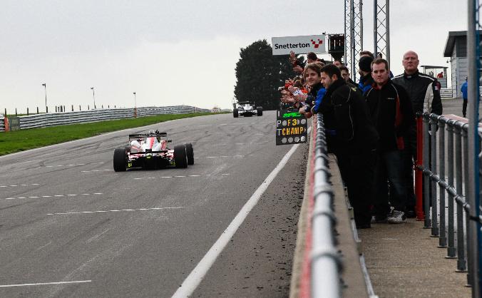 Destination Le Mans with Lanan Racing