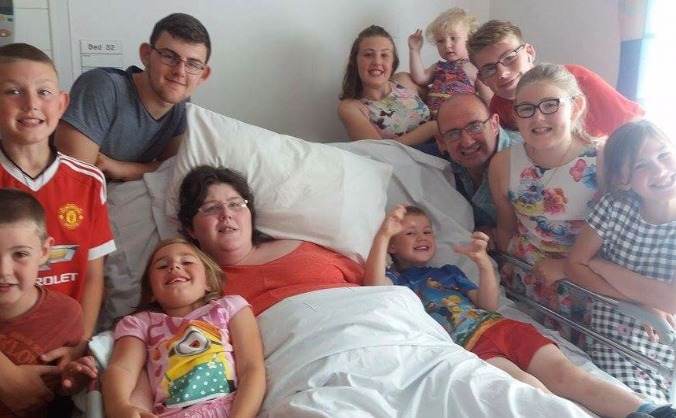 Help joanne get home to her family image
