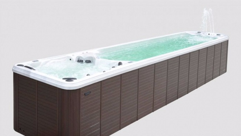 The Biggest Hot Tub In The World