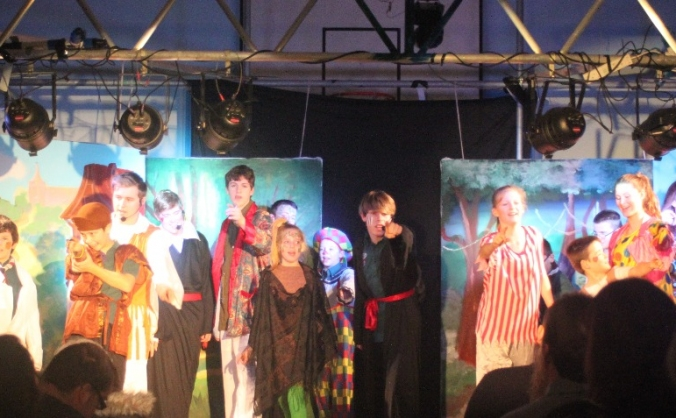 Somerford youth club drama and wellbeing project image