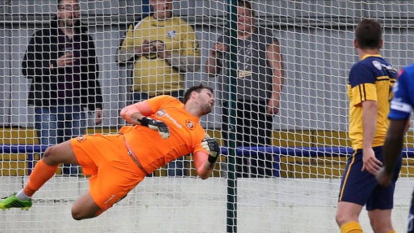 Support for Mark Scott Slough Town FC Keeper
