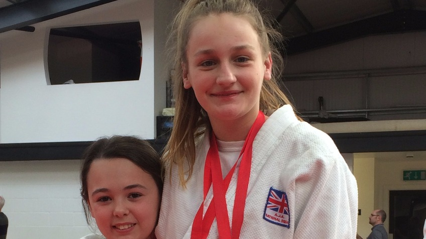 Please help us to send two Judoka to Holland