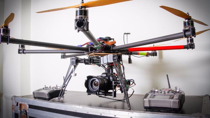 avis drone falcon