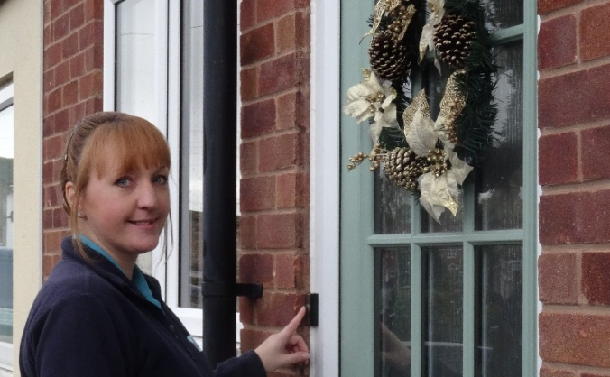 Hospice at home: help us care this christmas image