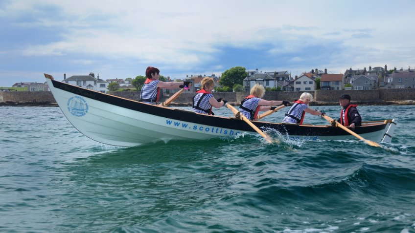 Help Strathpeffer build a Community Rowing Boat !